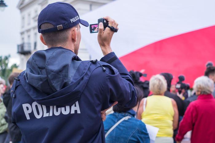 """Policja Ruda Śląska: Spotkanie z seniorami w """"Słowiczku"""""""
